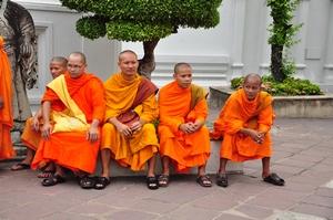 thajští mniši