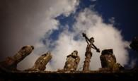 Po cestě bretaňským vnitrozemím máte jedinečnou příležitost seznámit se sbretonskými farními dvorci. Vkaždém takovém areálu se nachází kostel, kalvárie, pohřební kaple a hřbitov. To vše bývá obvykle obehnáno zdí svstupní […]