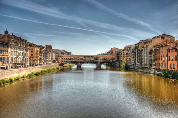 Ponte Vecchio, Gary Ashley https://www.flickr.com/photos/22553111@N07/5862302230