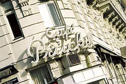 Průčelí Café Prückel na Ringstraße.